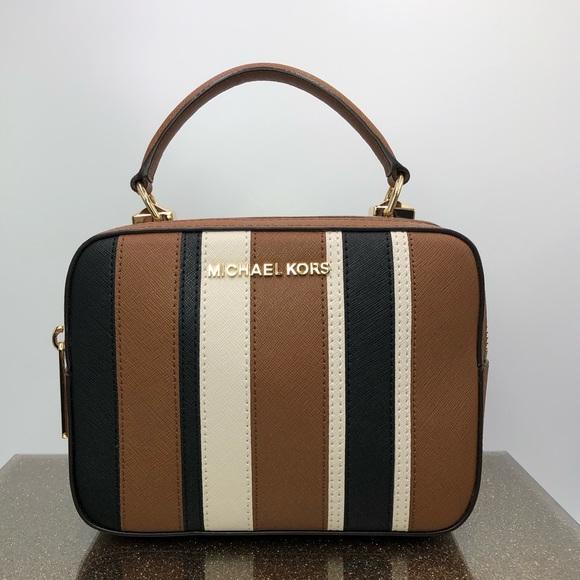 68d70d7e9962f Michael Kors Bags | Th Karla Camera Bag Crossbody | Poshmark